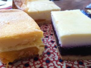 Quarkkuchen: Himbeer, Aprikose, Mandarine